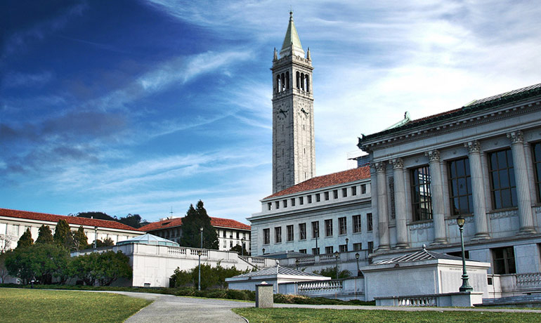 Law students can extend their studies at Berkeley Summer Sessions